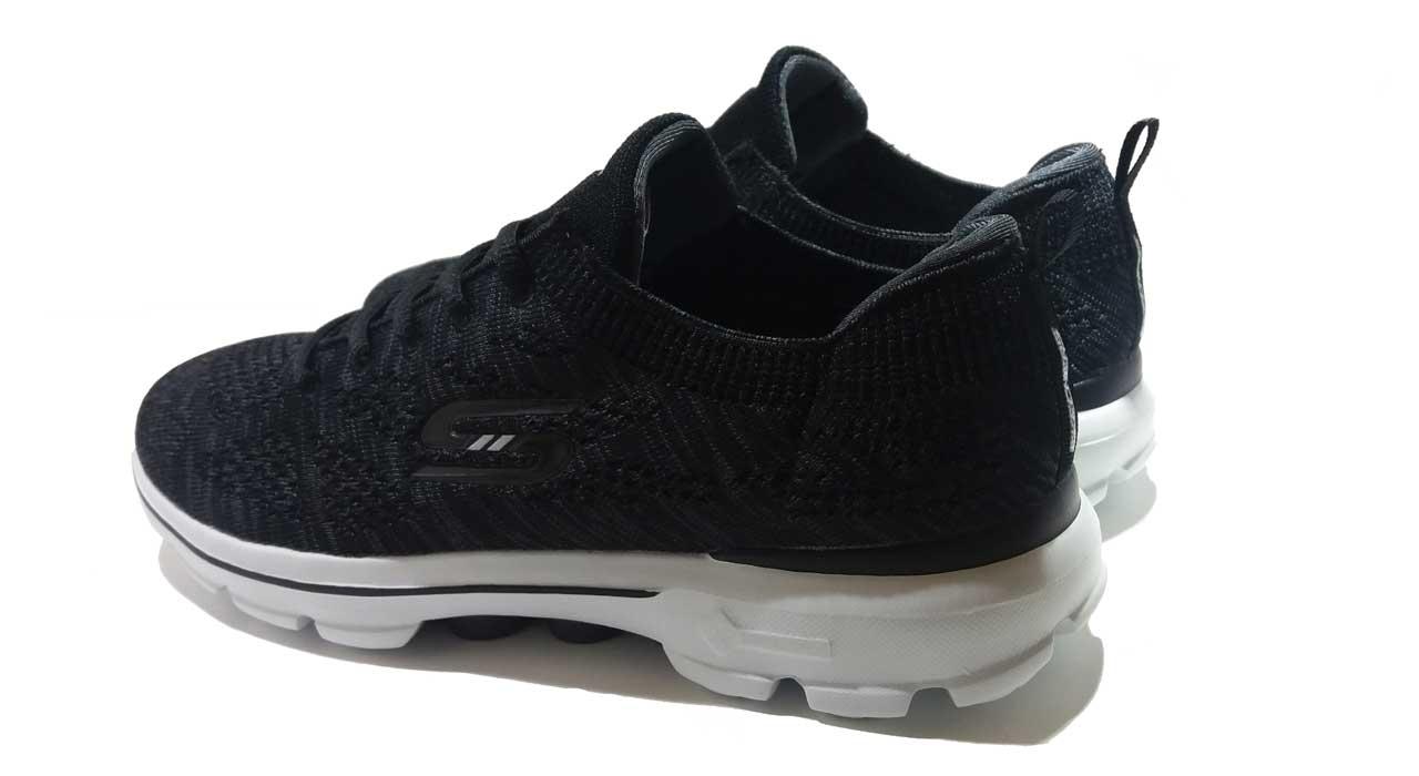 کفش مخصوص دویدن مردانه اسکچرز مدل Gowalk 3