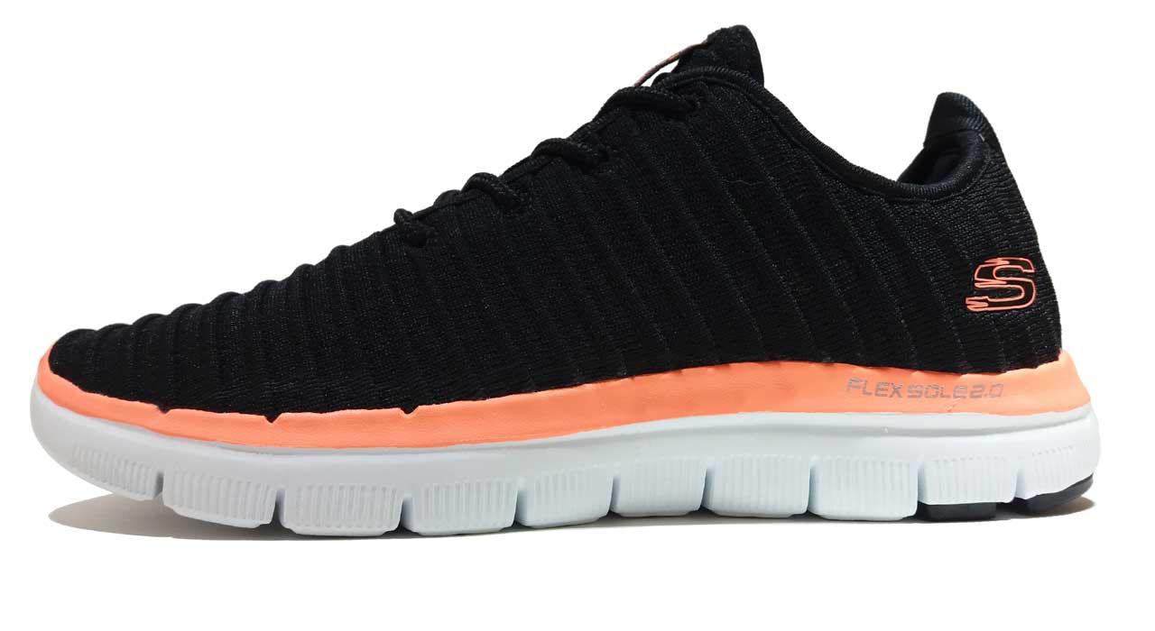 کفش مخصوص دویدن زنانه اسکچرز مدل Estates 2